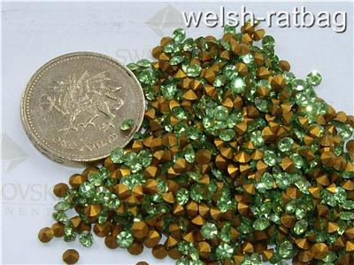 48 x Swarovski 10ss 22pp Light Siam gold-foiled #1100 chatons